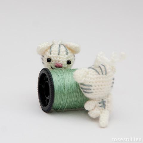 Japanese Crochet Patterns – Roses n Lilies